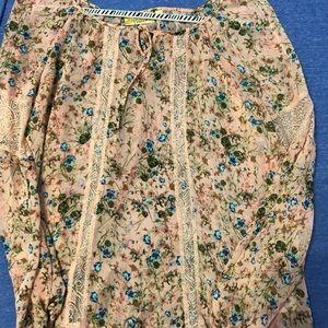 Princess Vera Wang floral blouse